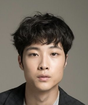 Lee Jong Won is a South Korean entertainer.. Lee Jong Won Biography Nationality Gender Born Age Height.