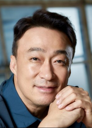 Lee Sung Min Nationality, Age, Born, Gender, Lee Sung Min is a South Korean actor.